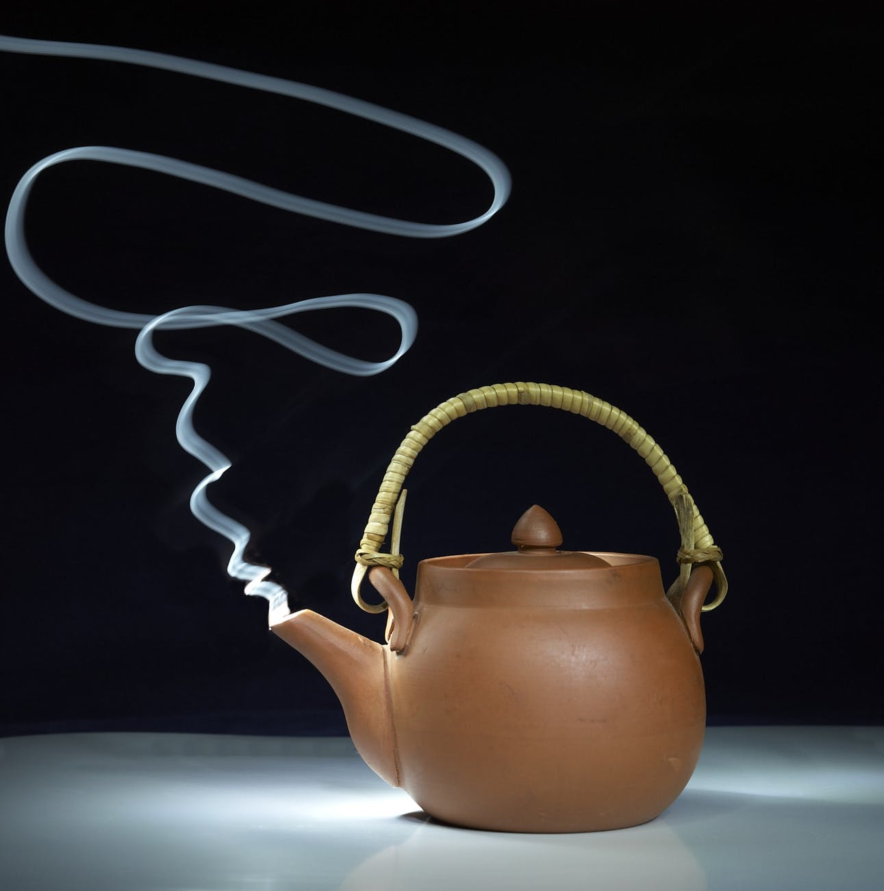 tea smoking steam teapot